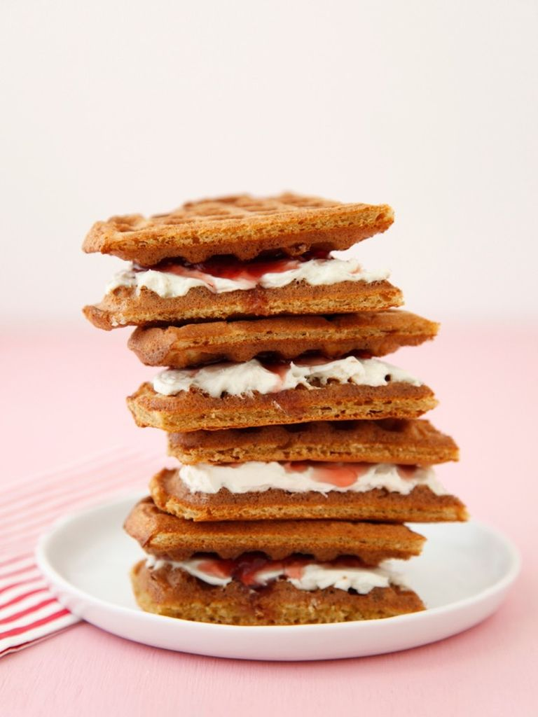 Strawberry Cream Cheese Waffle Sandwiches | Weelicious