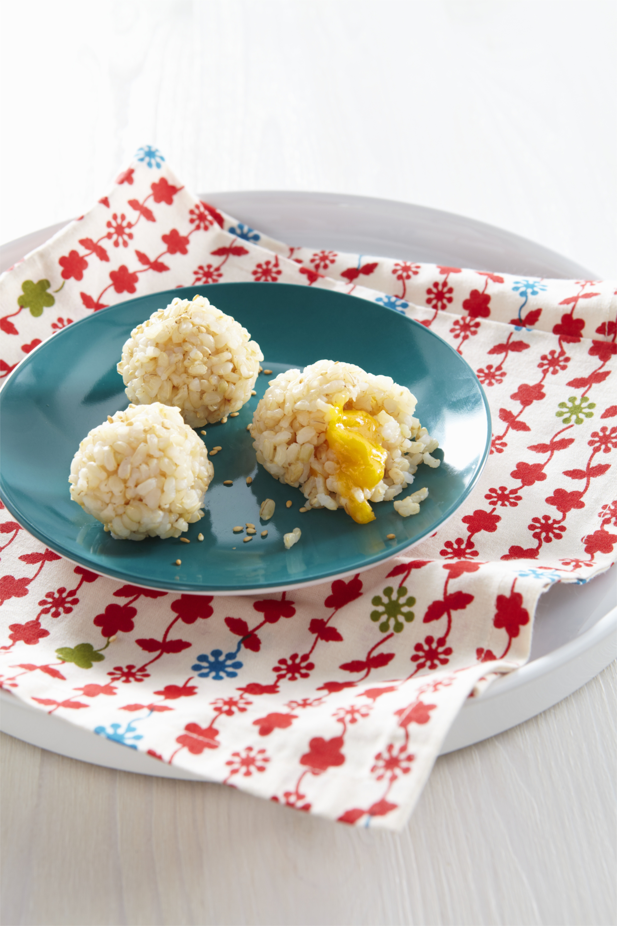 Rice and Cheese Ball Treasures from weelicious.com