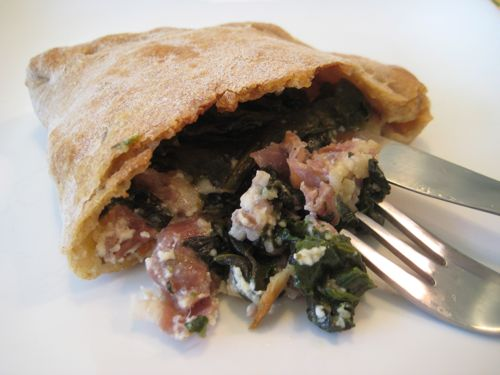 spinach-prosciutto-calzone.jpg