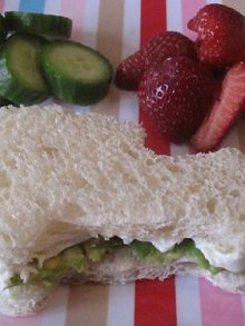 Avocado & Cream Cheese Sammie