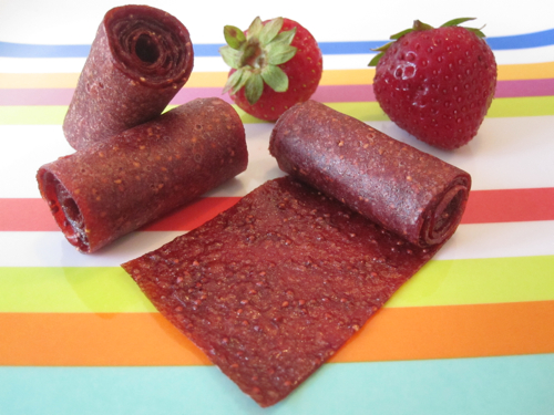 Strawberr-Wee Fruit Leather | Weelicious