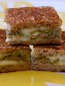 Egg Pesto Melt