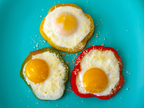 Bell Pepper Egg Flowers | Weelicious