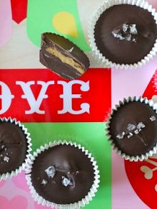 Chocolate Peanut Butter Cups with Sea Salt- the perfect homemade gift for your loved ones