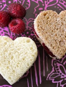 ... Day School Lunch- Raspberry Mascarpone Heart Sammies ( Serves 4