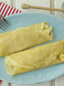 Whole Wheat Crepes Stuffed with Honey Cream Cheese and Bananas