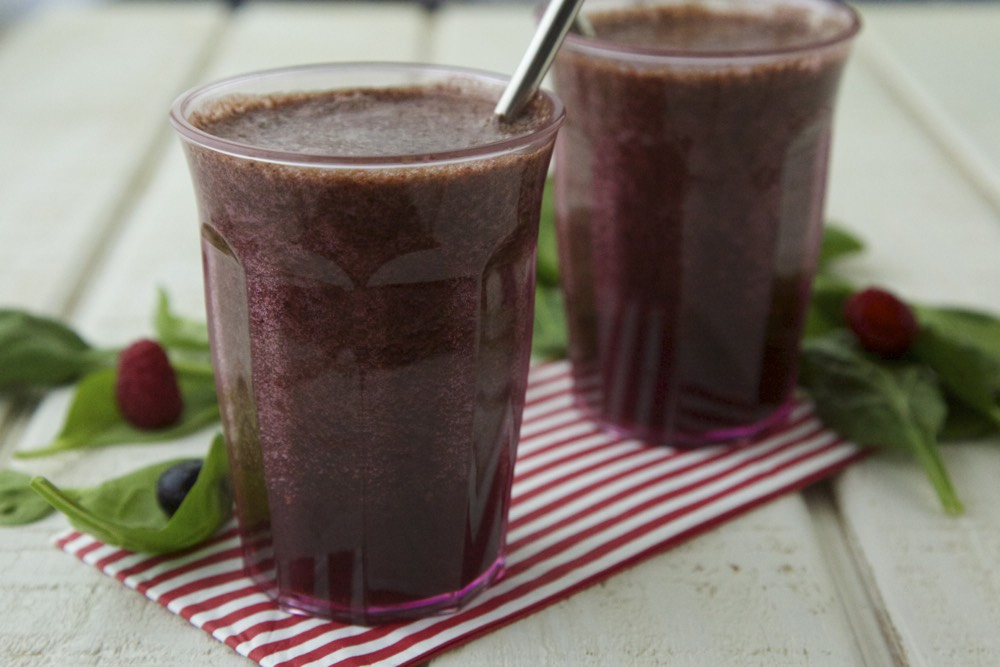 Berry Green Smoothie from Weelicious