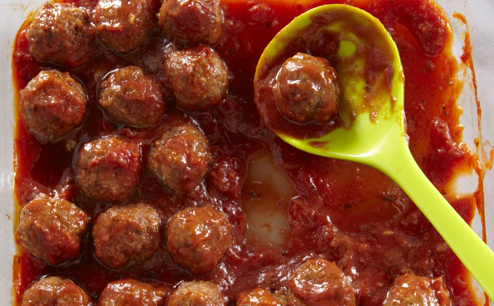 Turkey Pesto Meatballs from Weelicious