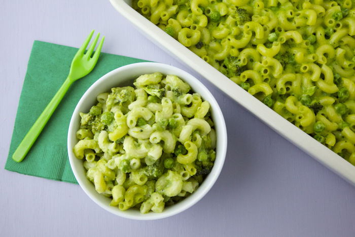 Green Mac and Cheese video from weelicious.com