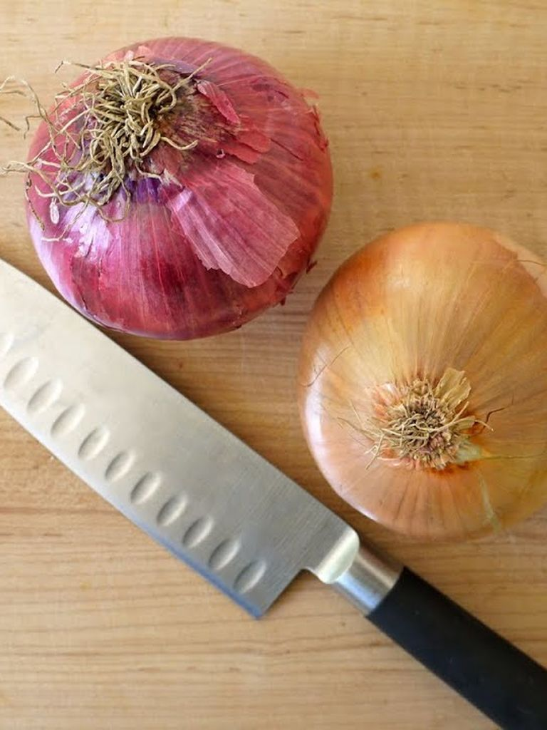 how to cut onions fast