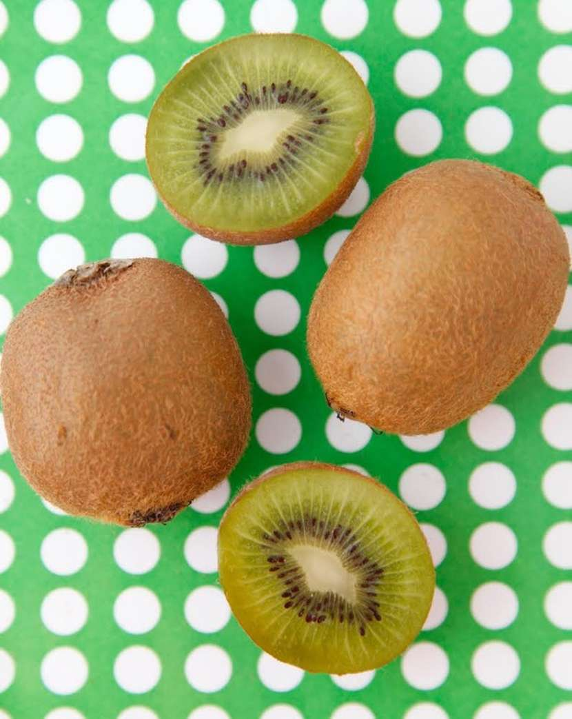 Kiwi Quick Tip Video from Weelicious