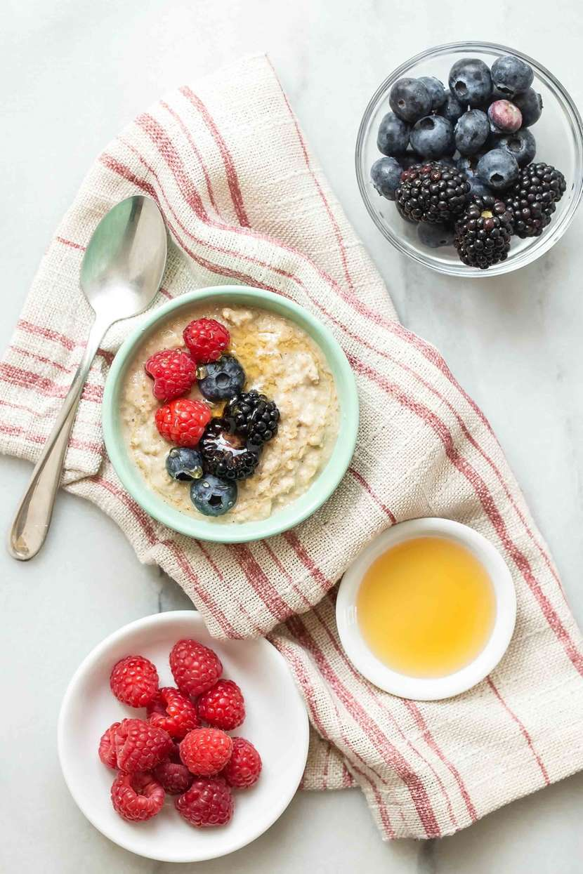 5 Nutritious Toppings for Oatmeal from weelicious.com