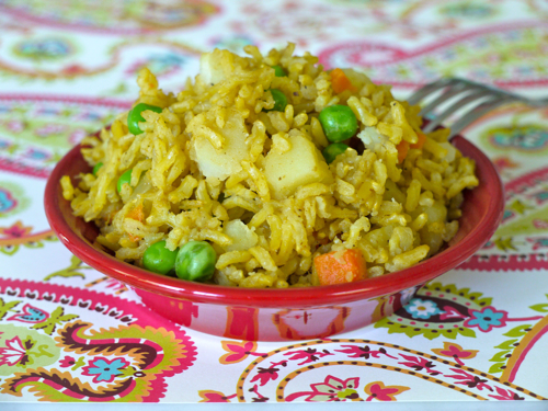 Indian vegetable rice weelicious i make one pot meals as often as possible so i know dinnertime will be easy especially when im not at my most focused can you ever be focused when youre forumfinder Choice Image