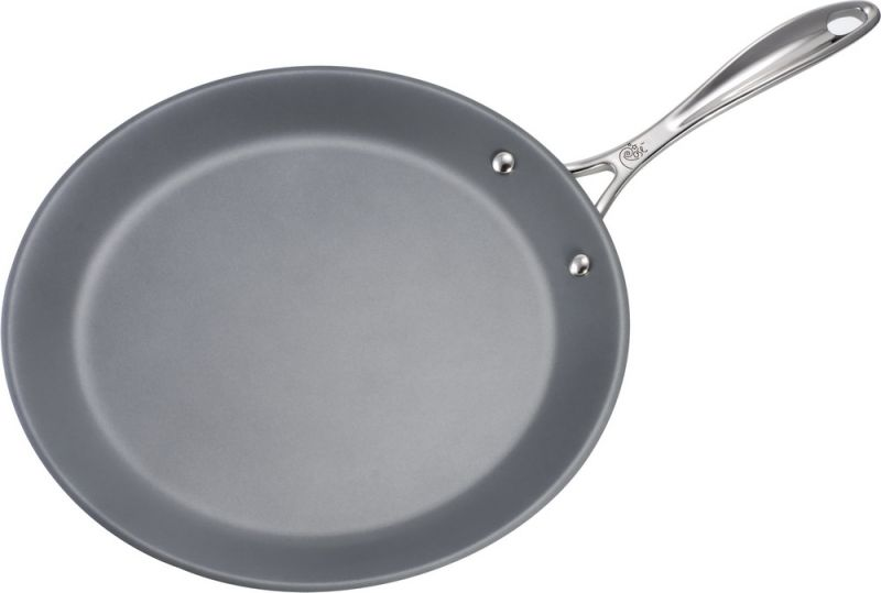 Win one of THREE crepe pans at weelicious.com