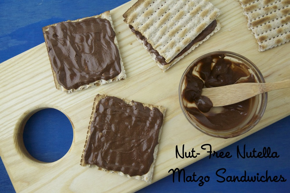 Nut-Free Nutella Matzo Sandwiches from weelicious.com