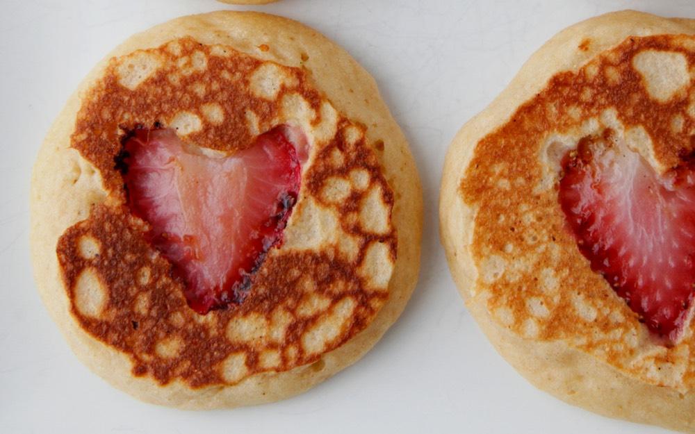 Außergewöhnlich Valentine Strawberry Heart Pancakes From Weelicious