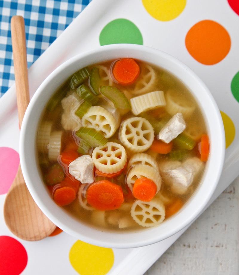 7 Dwarf Chicken Pasta Soup from Weelicious