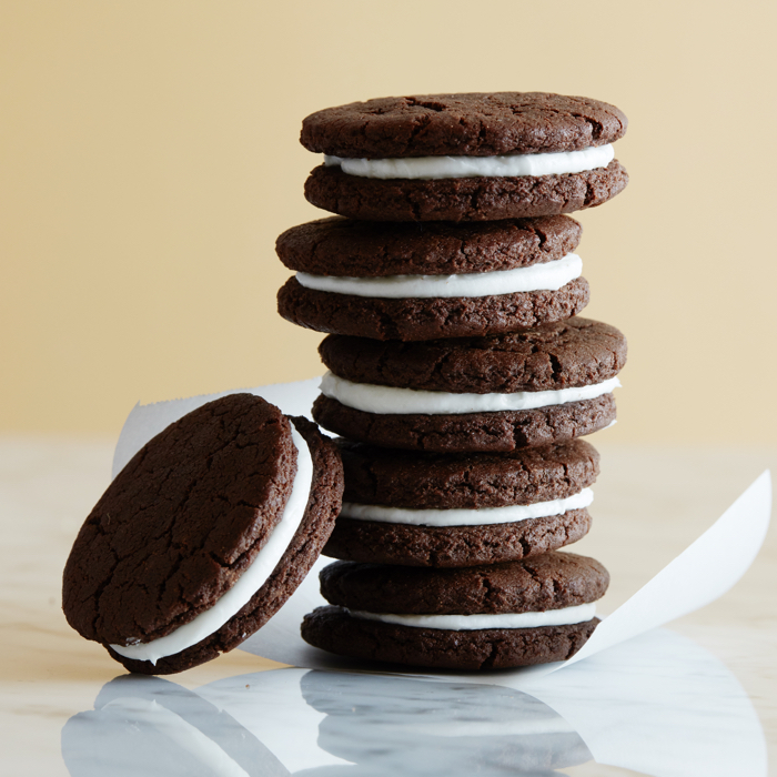 Homemade Oreo Cookies video from weelicious.com