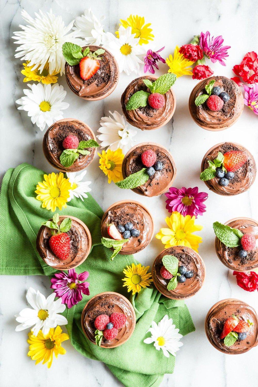 Garden Cupcakes from weelicious.com